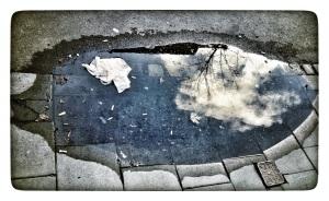 all right, himmelen er illustrert med bilder forfatteren har tatt med sin iphone. Foto: Tom Stalsberg